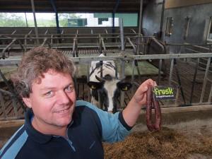 Steven van der Zee is producent van Friese droge worst en rookworst zónder de gebruikelijke kleur-, geur- en smaakstoffen en conserveringsmiddelen. Puur natuur uit de Friese wei.